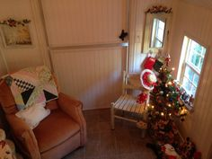 We love some Christmas cheer!! This little playhouse is decorated so cute!  We love our customers! www.cottagekits.com