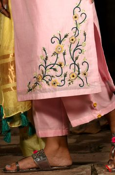 Beaded Embroidery, Hand Embroidery, Machine Embroidery, Embroidery Suits Design, Pink Pants, Colourful Outfits, Girls Wear, Pure Silk, Indian Wear
