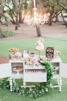 Decora tu boda vintage con esta bonita idea. #wedding #vintage
