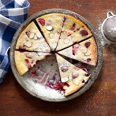 Clafoutis aux baies et aux amandes | Healthy Recipes
