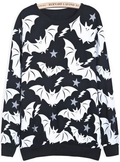 To find out about the Black Long Sleeve Bat Print Loose Sweatshirt at SHEIN, part of our latest Sweatshirts ready to shop online today! Pastel Goth Fashion, Dark Fashion, Gothic Fashion, Culottes, Gothic Outfits, Alternative Fashion, Punk Rock, Long Sleeve Tops, What To Wear