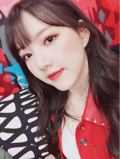 Gfriend And Bts, Sinb Gfriend, Kpop Girl Groups, Korean Girl Groups, Kpop Girls, Entertainment, Sad Eyes, My Wife Is, G Friend