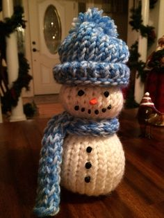 Loom knit snowman, can't wait to make more!!