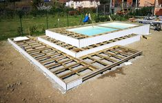 Wooden Pool, Wooden Terrace, Diy Swimming Pool, Diy Pool, Above Ground Fiberglass Pools, Piscina Diy, Outdoor Baths, Container Design, Plunge Pool