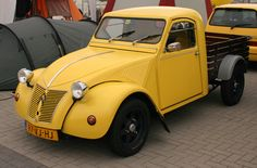 Ook leuk Small Pickup Trucks, Old Pickup, Mini Trucks, Cool Trucks, Classic Mini, Classic Cars, Burton 2cv, Psa Peugeot Citroen, Rat Rods