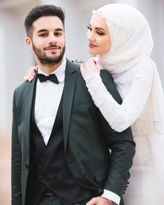 Fantastic Wedding Advice You Will Want To Share Wedding Couple Poses Photography, Couple Photoshoot Poses, Wedding Photography Poses, Wedding Poses, Wedding Photoshoot, Wedding Couples, Couple Style, Couple Goals, Couple Dps