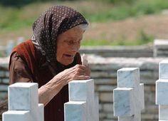"""Присуством парастосу побијеним Србима средњег Подриња у Братунцу у суботу 4. јула исказати поштовање њиховој жртви!  Удружење """"Сребреница"""" позвало је данас становништво регије Бирач и Подриња да у суботу, 4. јула, на Градском гробљу у Братунцу у што већем б�"""
