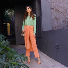 Colour Combinations Fashion, Color Combinations, Looks Style, Casual Looks, Street Chic, Street Style, Beauty Vanity, Casual Outfits, Fashion Outfits