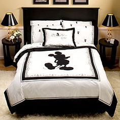Black and White Mickey Bedding!! Definitely need for my guest room!!!