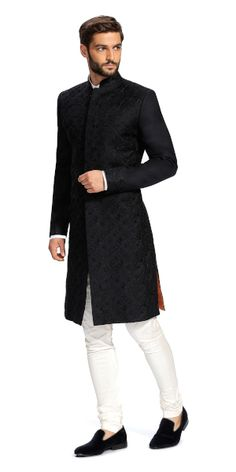 Make a style statement with our wide range of customized ethnic wear for men. View finely tailored custom made sherwani, bandhgala jacket and more at Herringbone & Sui. Mens Wedding Wear Indian, Indian Formal Wear, Sherwani For Men Wedding, Mens Indian Wear, Wedding Dresses Men Indian, Indian Groom Wear, Wedding Dress Men, Indian Men Fashion, Mens Fashion