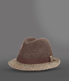 sombrero giorgio armani Regalos para hombre de las mejores firmas italianas  por menos de 200 euros wildstylemagazine.com 0a9cd365579