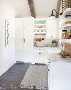 How I Decorated our New Guest Cottage Kitchen | The concept for the guest cottage kitchen was to create a light and bright space with a rustic farmhouse feel that felt cohesive with the other buildings on our ranch. Our other cottages and cabins do not have full kitchens, so this was a fun, new design adventure for me.