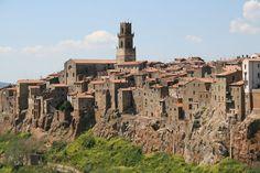 PITIGLIANO; Google Image Result for http://www.tuscany-charming.it/IMAG/CITTA/pitigliano/pitigliano-big.jpg