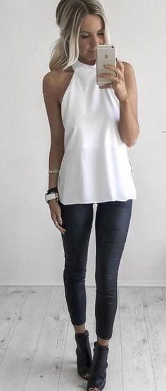 Nice 45 Inspiring Fashion Ideas To Wear Skinny Jeans. More at https://aksahinjewelry.com/2018/02/10/45-inspiring-fashion-ideas-wear-skinny-jeans/