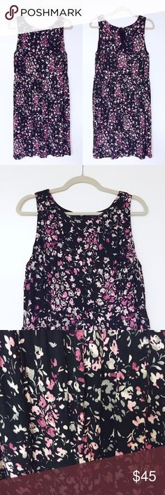LOFT - Floral Printed Dress LOFT floral printed dress. Black with pink floral print. Excellent condition. 💟 Offers welcome. 🙅🏻 No trades. 🎀 Bundle for discount. LOFT Dresses