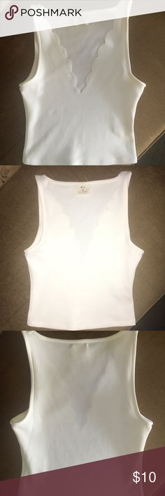 White scalloped crop top Worn once, in great condition Pins and Needles Tops Crop Tops