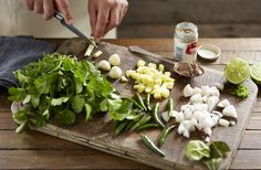 Learn how to make your own aromatic Thai green curry paste with our simple step-by-step recipes. Find more delicious Thai recipes at Tesco Real Food.