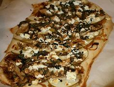 Carmelized Onion and Goat Cheese Pizza, yes please.