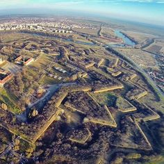 The fortress of Arad My Town, Ancient Architecture, Romania, Places Ive Been, City Photo, To Go, Wanderlust, Travel, Viajes
