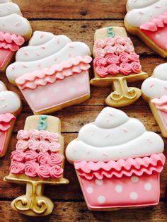 Cute cupcake cake stand sugar cookies