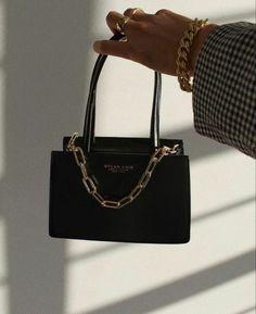 Fashion Handbags, Fashion Bags, Fashion Accessories, Trendy Purses, Cute Purses, Luxury Purses, Luxury Bags, Cute Handbags, Purses And Handbags