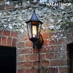 MagicFireLampe - Realistic fire LED light bulb 🔥🎁 - This unique flame lamp realistically simulates light from a fire. The powerful LED light bulb ensur - Home Lighting, Lighting Design, Luz Led, Interior Design Living Room, Light Bulb, Centerpieces, Cozy, House Design, Home Decor
