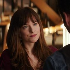 Anastasia Fifty Shades of Grey Anastasia Steele Outfits, Anastasia Grey, Fifty Shades Darker, Fifty Shades Of Grey, Shades Of Grey Movie, Jamie Dornan, Anna Hair, Ana Steele, Dakota Johnson Style