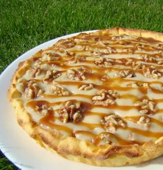 Tarte Américaine (noix, caramel crémeux et sirop d'érable) No Cook Desserts, No Cook Meals, Dessert Recipes, Sweet Cooking, Good Food, Yummy Food, Quiche Lorraine, Sweet Pie, Flan