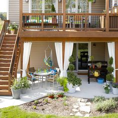 I LOVE the railings on this deck!