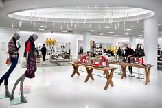 Hudson's Bay Company, 100 Reds Obsessed Windows by BHDP, Albany – New York » Retail Design Blog