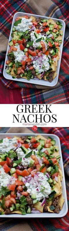 Nachos Greek Nachos, serve this delicious recipe at your next party! ( )Greek Nachos, serve this delicious recipe at your next party! Mediterranean Diet Recipes, Mediterranean Dishes, Healthy Snacks, Healthy Eating, Healthy Recipes, Food Recipes Summer, Diabetic Snacks, Greek Nachos, Clean Eating