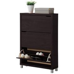 Bring harmony to your mudroom or master suite walk-in with this essential shoe cabinet, showcasing 3 drawers with space for 18 pairs of pumps and flats.