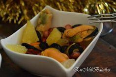 Salpicón de mejillones y fruta http://enmilbatallas.com/2013/11/28/salpicon-de-mejillones-y-fruta/