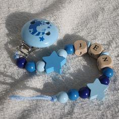 """Schnullerkette """"Mond+Sterne"""" Wunschname  DIN-Norm von KeSa-handmade auf DaWanda.com"""