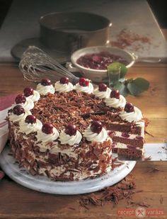 Fekete-erdő torta recept képpel, a hozzávalók és az elkészítés pontos leírásával. Készítsd el akár 2, vagy 12 főre, a Receptvarazs.hu ebben is segít! Cakes And More, Tiramisu, Cookie Recipes, Birthday Cake, Cupcakes, Cookies, Chocolate, Ethnic Recipes, Food
