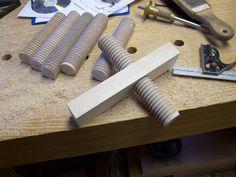 Threading wooden vice screws- Beall thread box instructions