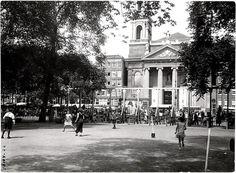 Het Waterlooplein omstreeks 1930