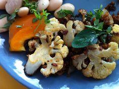 Vegaanihaaste - Paistettu kukkakaalilisuke Cauliflower, Vegetables, Food, Cauliflowers, Essen, Vegetable Recipes, Meals, Cucumber, Yemek