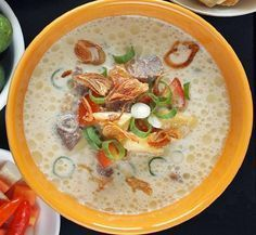 Tips untuk membuat masakan resep soto betawi yang asli dengan susu atau santan supaya empuk dagingnya dan enak beserta bumbu soto yang diperlukan