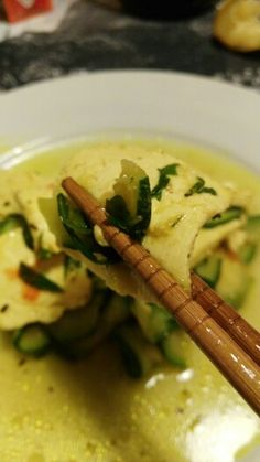 Tofu profumato al curry con zenzero, zucchine e salsa di soia