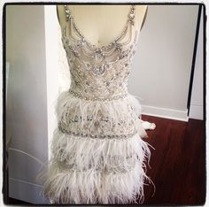 The ultimate party dress- crystals and feathers by Roaring 20s Dresses, Roaring 20s Fashion, Great Gatsby Fashion, Gatsby Outfit, Gatsby Dress, Wedding Dress Chiffon, Bridal Dresses, Prom Dresses, Great Gatsby Themed Party