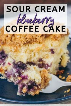Blueberry Pound Cake, Blueberry Desserts, Blueberry Bread, Streusel Coffee Cake, Sour Cream Coffee Cake, Streusel Topping, Yogurt Coffee Cake Recipe, Breakfast Cake, Breakfast Ideas