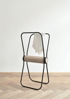 6040 is a set of minimal stools created by Munich-based designers Studio Stephan Schmid. 6040 is a piece of furniture inspired by the function of the classical deposition chair in common bedrooms. It takes up its functions as well as a seat on demand and takes it to a new level. In times when housing areas in cities become smaller, the demand for furniture that adapt to this development is quite high. Furnishing has a need to become more flexible and foldable, extensible or versatile –…
