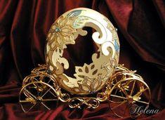 EggArt Gallery - Anastisia ( Blue Dream) - Egg Art by Helena Kim Ju Fabrege Eggs, Objets Antiques, Egg Shell Art, Faberge Jewelry, Carved Eggs, Easter Egg Designs, Egg Crafts, Light Crafts, Egg Art