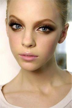 Skye Stracke golden,brown eye Makeup!