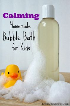 DIY Gifts : Calming Homemade Bubble Bath for Kids Calming Homemade Bubble Bath for Kids - Dwelling In Happiness Sharing is caring, don't forget to share Bubble Bath Homemade, Homemade Bubbles, Bath Bubbles Diy, Bubble Baths, Bubble Bath Soap, Diy Cosmetic, Young Living Oils, Homemade Beauty Products, Natural Products