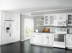 A Look at @WhirlpoolCorp White Ice Appliances || #kitchens