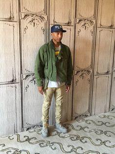 Pharrell Williams                                                       …