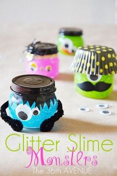 Glitter Slime Monsters - If your kids trade candy at school on Halloween why not try this instead. Adorable monster jars filled with Halloween slime! Halloween Crafts For Kids, Halloween Treats, Halloween Diy, Kids Crafts, Halloween Decorations, Halloween Activities, Halloween Halloween, Halloween Makeup, Halloween Costumes