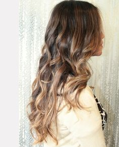 ombre is so cool with curly hair!